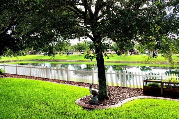 1208 Oak Landing , Orange City, FL - USA (photo 3)