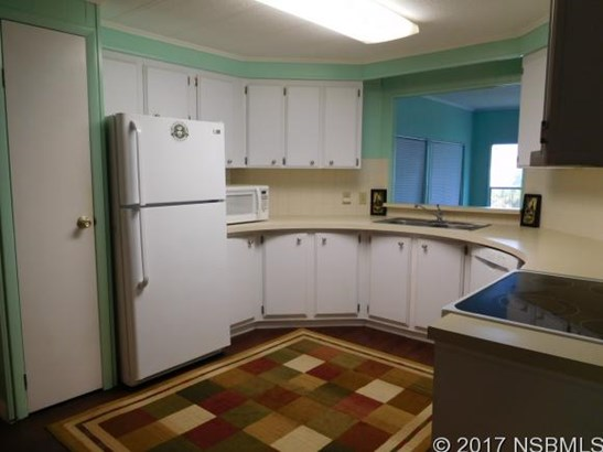 205 Randle Ave , Oak Hill, FL - USA (photo 5)