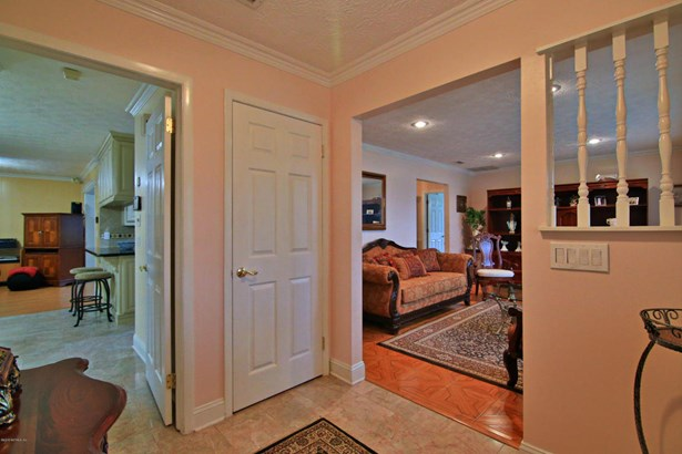 3375 Pickwick , Jacksonville, FL - USA (photo 5)