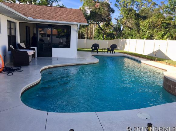 2911 Royal Palm Dr , Edgewater, FL - USA (photo 2)