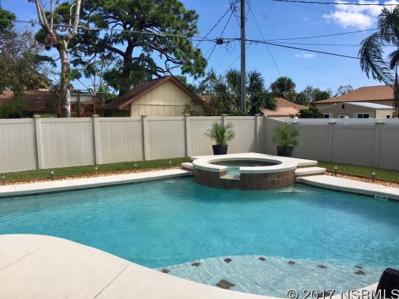 2911 Royal Palm Dr , Edgewater, FL - USA (photo 3)