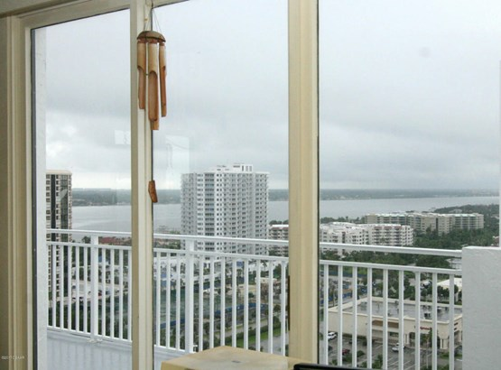 3047 Atlantic #2005 #2005, Daytona Beach Shores, FL - USA (photo 4)