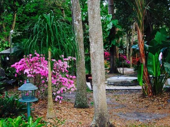1530 Mango Tree , Edgewater, FL - USA (photo 2)