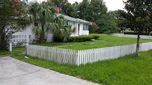 1499 Bassett , Jacksonville, FL - USA (photo 2)