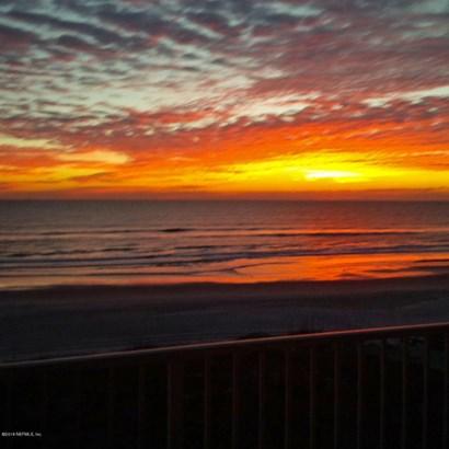 1415 1st 505 505, Jacksonville Beach, FL - USA (photo 2)