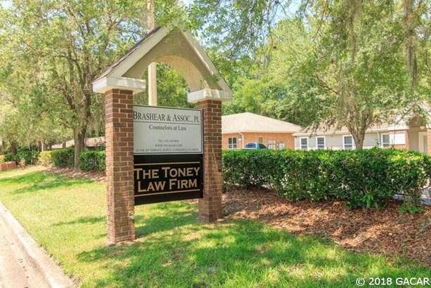 925 56th , Gainesville, FL - USA (photo 4)