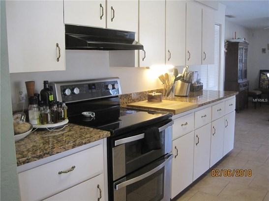896 Fruitland , Deltona, FL - USA (photo 3)