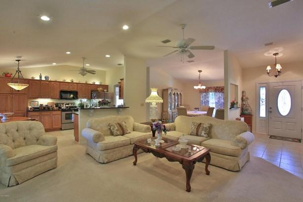2821 Pine Tree , Edgewater, FL - USA (photo 4)