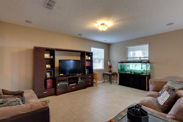 3323 Spring Valley , Green Cove Springs, FL - USA (photo 5)