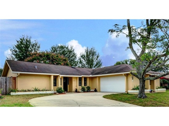 2490 Pine Tree Circle Dr , Orange City, FL - USA (photo 1)
