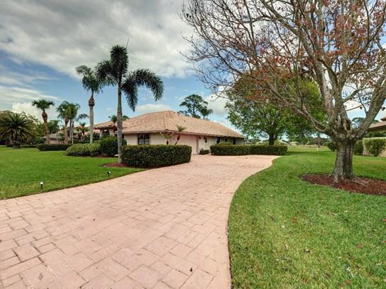 645 Palmetto , Port St. Lucie, FL - USA (photo 2)