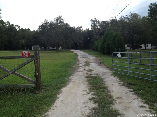 3709 Woods Creek , Perry, FL - USA (photo 3)