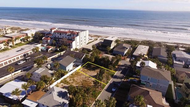 25 26th , Jacksonville Beach, FL - USA (photo 4)