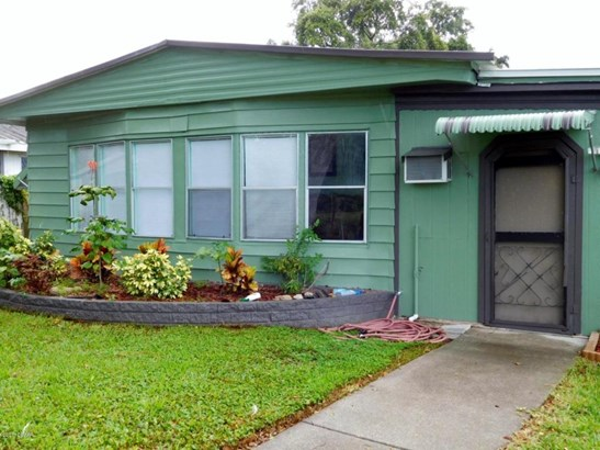 205 Randle , Oak Hill, FL - USA (photo 1)