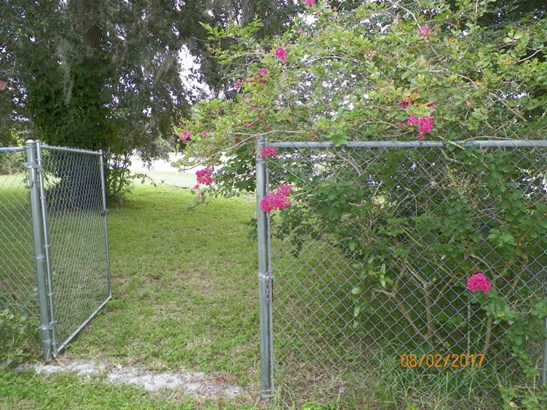 110 St Johns , East Palatka, FL - USA (photo 5)