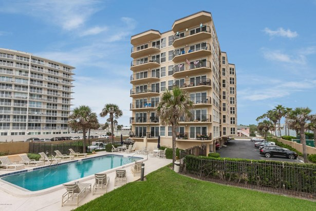 1551 1st 604 604, Jacksonville Beach, FL - USA (photo 3)