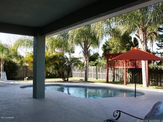 14 Cunningham , New Smyrna Beach, FL - USA (photo 4)