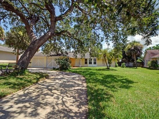 425 11th Place Sw, Vero Beach, FL - USA (photo 5)