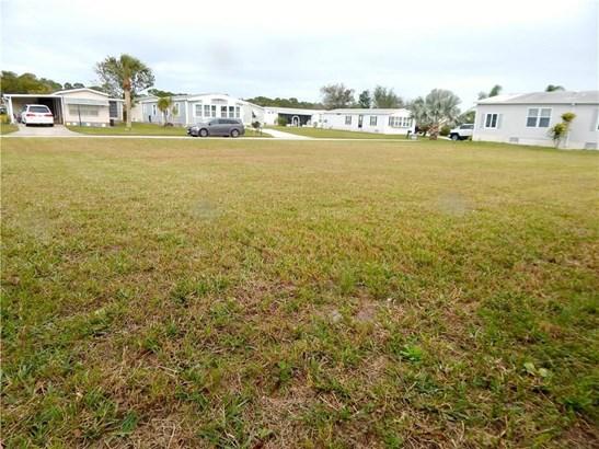 805 Lychee Drive , Barefoot Bay, FL - USA (photo 5)