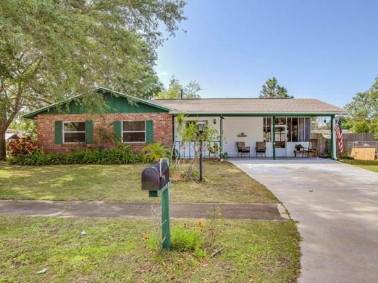 585 Gardenia Circle, Titusville, FL - USA (photo 1)