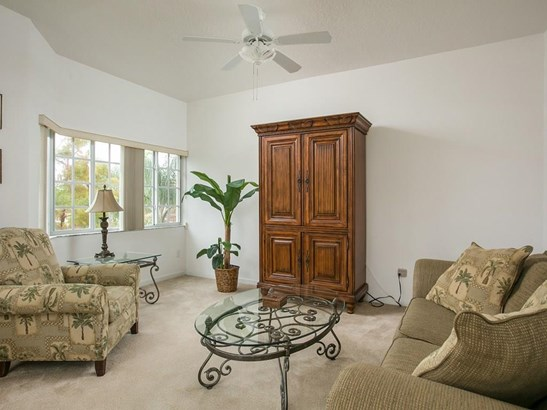 564 7th Square, Vero Beach, FL - USA (photo 2)