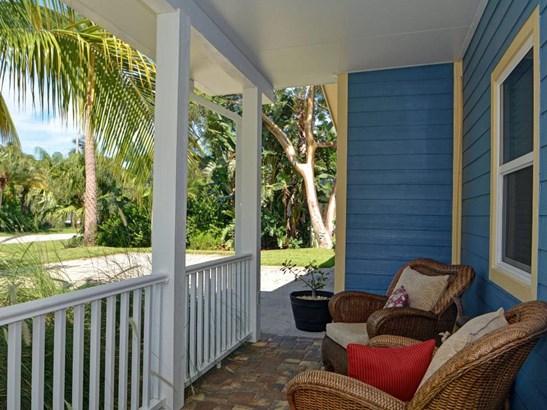 425 12th Pl Se, Vero Beach, FL - USA (photo 2)