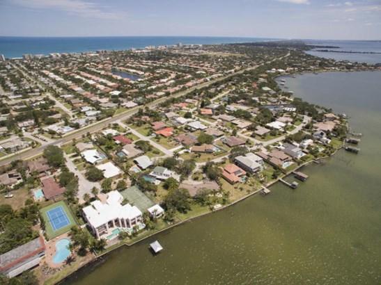 639 Alamanda Court, Indialantic, FL - USA (photo 4)