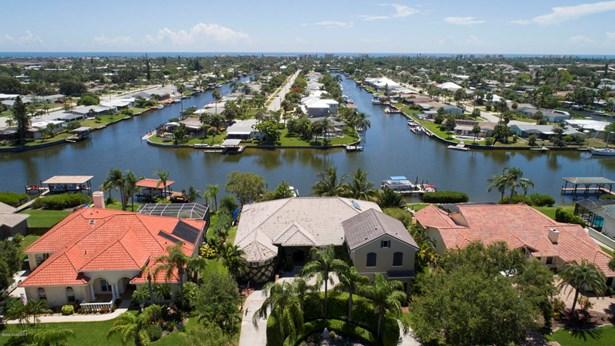 202 Lanternback Island Drive, Satellite Beach, FL - USA (photo 1)