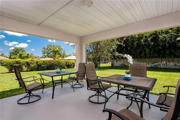 748 46th Square , Vero Beach, FL - USA (photo 2)
