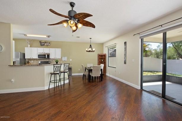 5458 Hallamshire Boulevard, Titusville, FL - USA (photo 5)