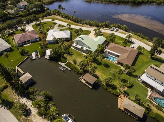 390 Lakeview Drive, Melbourne Beach, FL - USA (photo 3)
