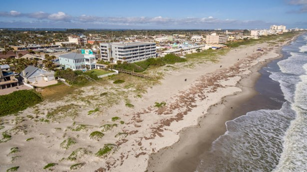 101 Atlantic Avenue S, Cocoa Beach, FL - USA (photo 1)