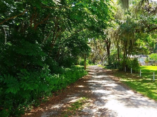 Se Se 155th Place , Weirsdale, FL - USA (photo 2)