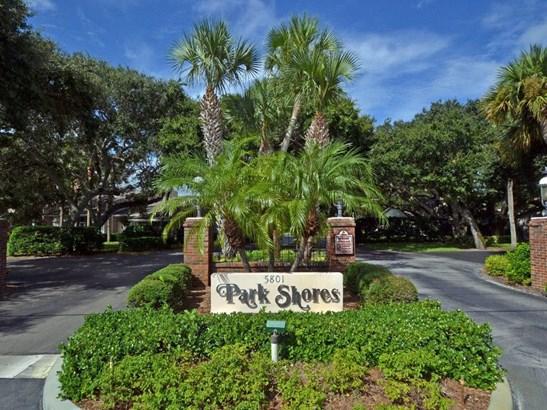 107 W Park Shores Circle 28w, Indian River Shores, FL - USA (photo 2)