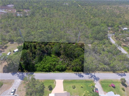 9722 Honeysuckle Drive , Micco, FL - USA (photo 2)
