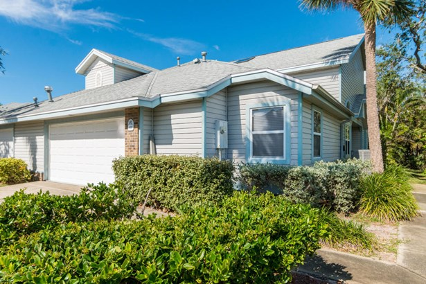 100 Tradewinds Drive Unit 100, Indian Harbour Beach, FL - USA (photo 1)