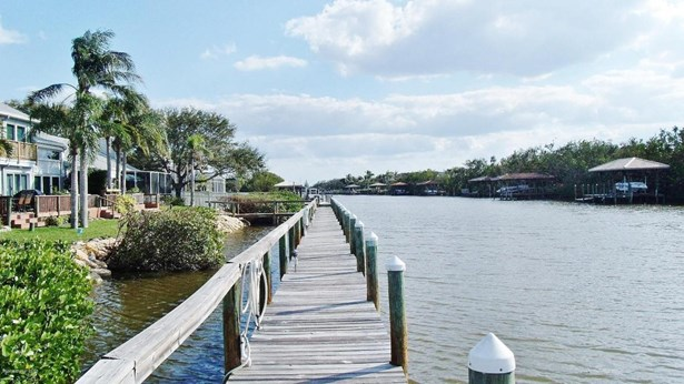 100 Tradewinds Drive Unit 100, Indian Harbour Beach, FL - USA (photo 5)
