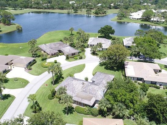 121 Prestwick Circle , Vero Beach, FL - USA (photo 1)