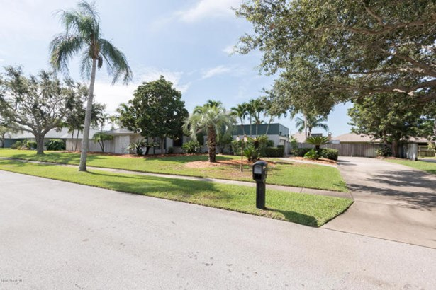 513 River Oaks Drive N, Indialantic, FL - USA (photo 4)