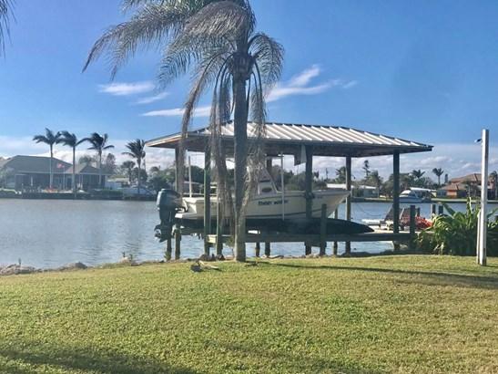 1470 Bayshore Drive, Cocoa Beach, FL - USA (photo 4)