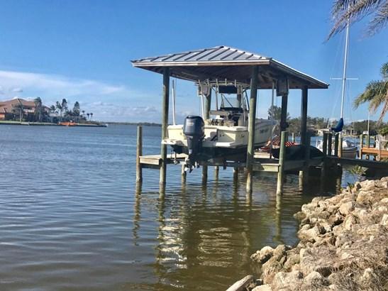 1470 Bayshore Drive, Cocoa Beach, FL - USA (photo 5)