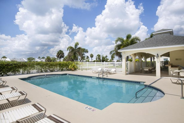 1020 Steven Patrick Avenue, Indian Harbour Beach, FL - USA (photo 2)