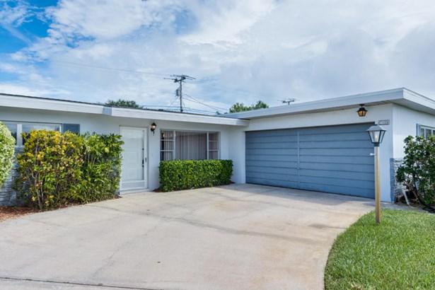 401 Rosedale Drive, Satellite Beach, FL - USA (photo 3)
