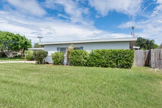 401 Rosedale Drive, Satellite Beach, FL - USA (photo 4)
