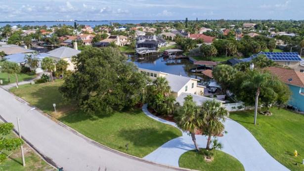 400 Riverview Lane, Melbourne Beach, FL - USA (photo 5)