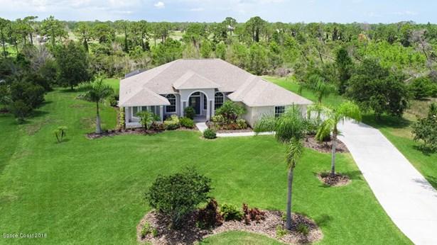 4189 Gardenwood Circle, Grant Valkaria, FL - USA (photo 2)