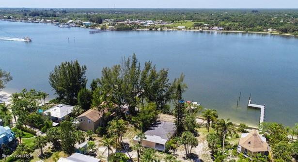 23 Vip Island Unit A, Grant Valkaria, FL - USA (photo 5)