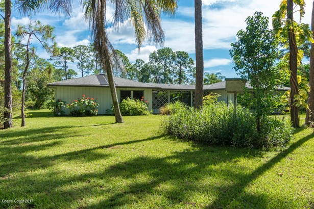 3920 Mangrove Place, Grant Valkaria, FL - USA (photo 1)