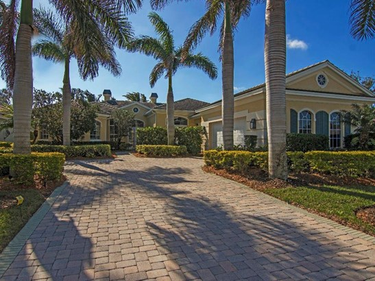 900 Cove Point Place , Indian River Shores, FL - USA (photo 2)