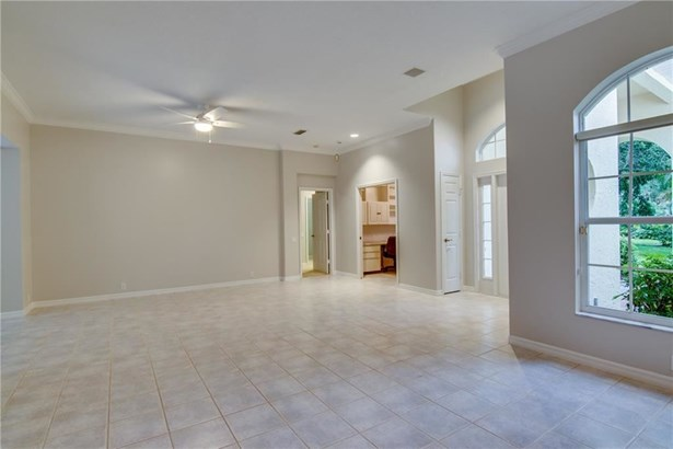 340 Marbrisa Drive , Indian River Shores, FL - USA (photo 5)